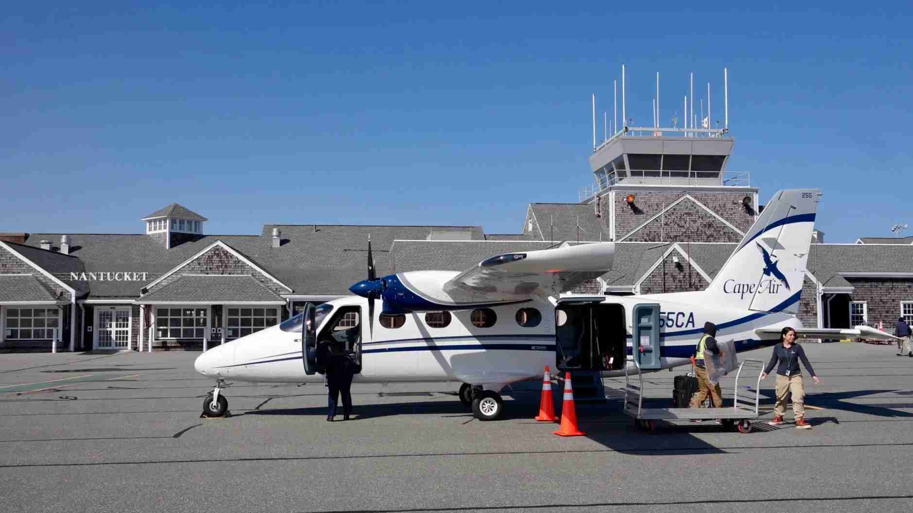 A Cape Air Traveller on the ramp at Nantucket Memorial Airport. (Photo by Edward Russell/TPG)