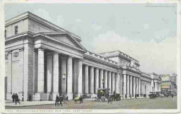 The original Penn Station building. (Image courtesy of The New York Public Library)