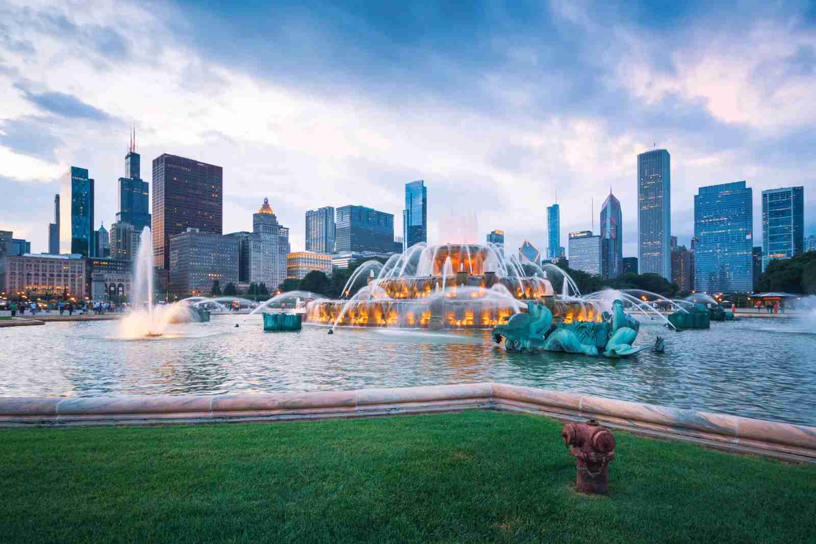The Buckingham Fountain in Chicago. (Photo by Easyturn/Getty Images)
