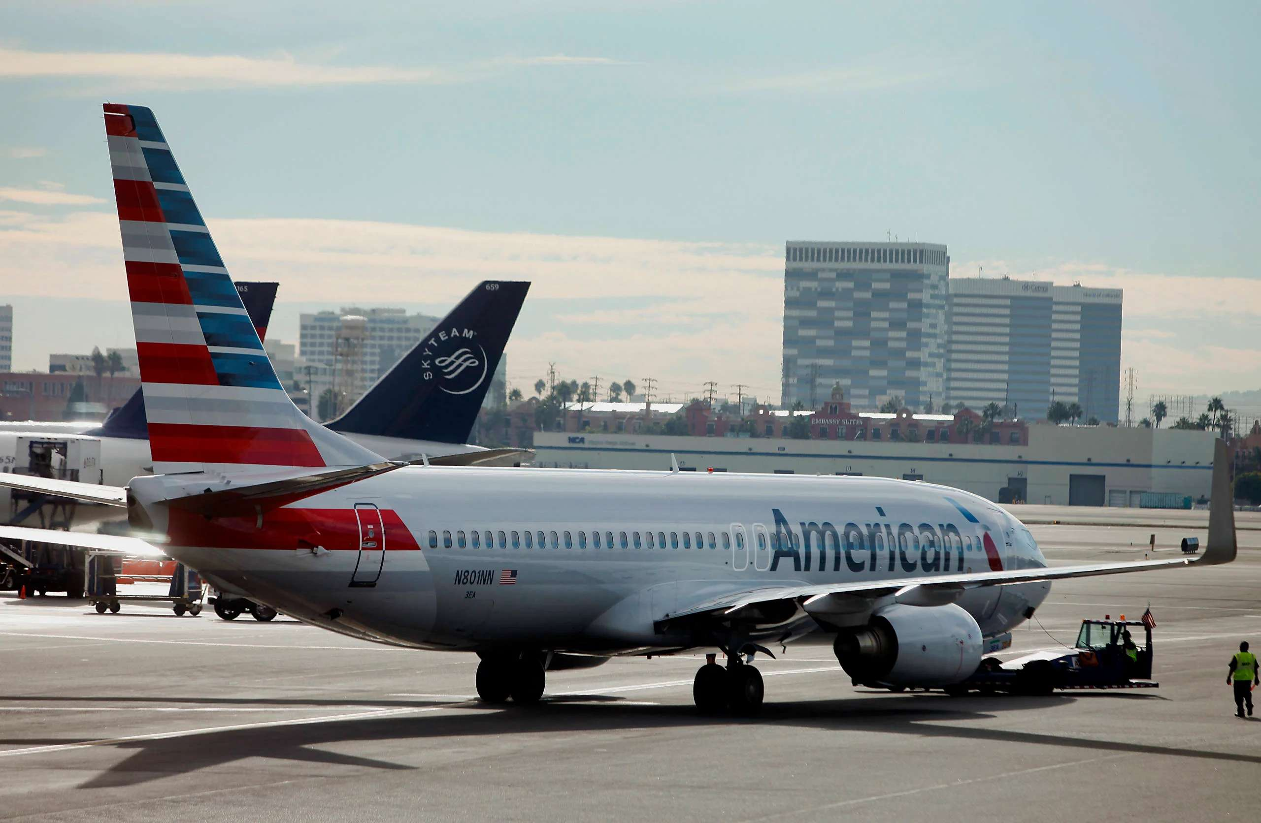 Wait to change or cancel your flight for a refund