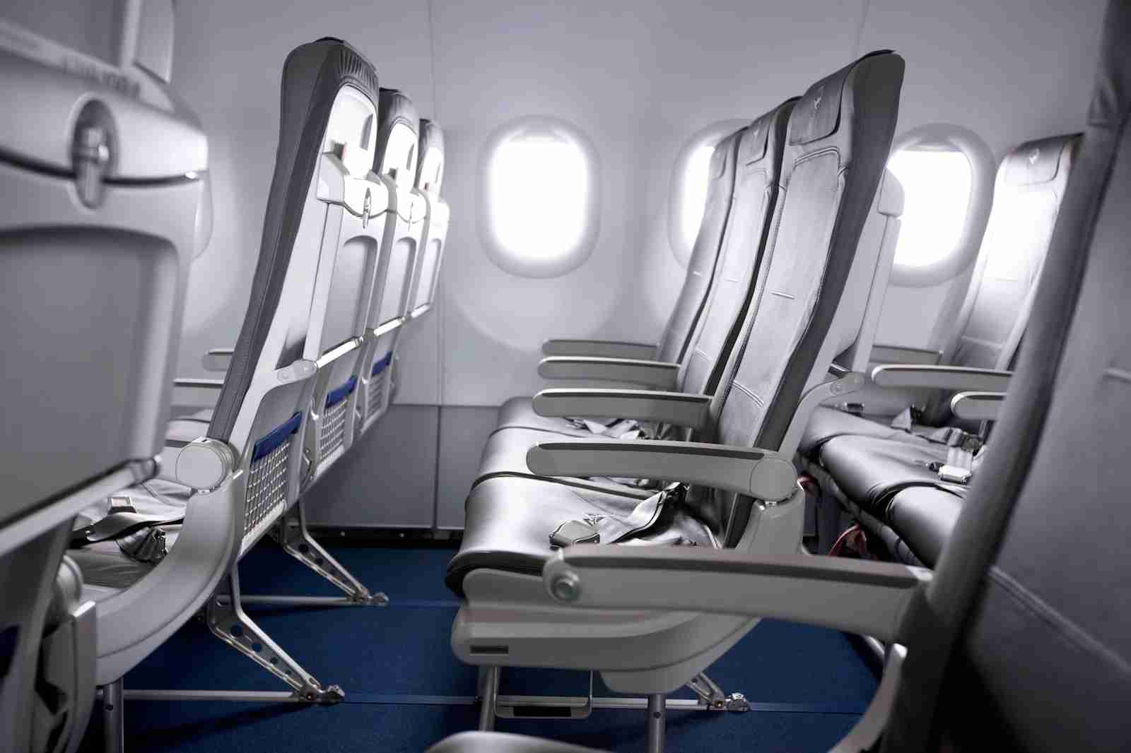 Lufthansa intra-Europe economy seating