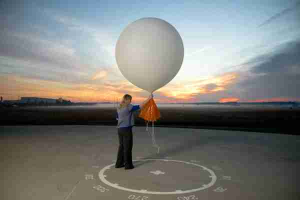 STERLING, VA-OCTOBER 1:Meteorologist, Carrie Suffern Prepares to Release the Weather Balloon at National Weather Service Headquarters on October 1, 2012 in Sterling Virginia(Photo by Benjamin C. Tankersley/For The Washington Post via Getty Images)