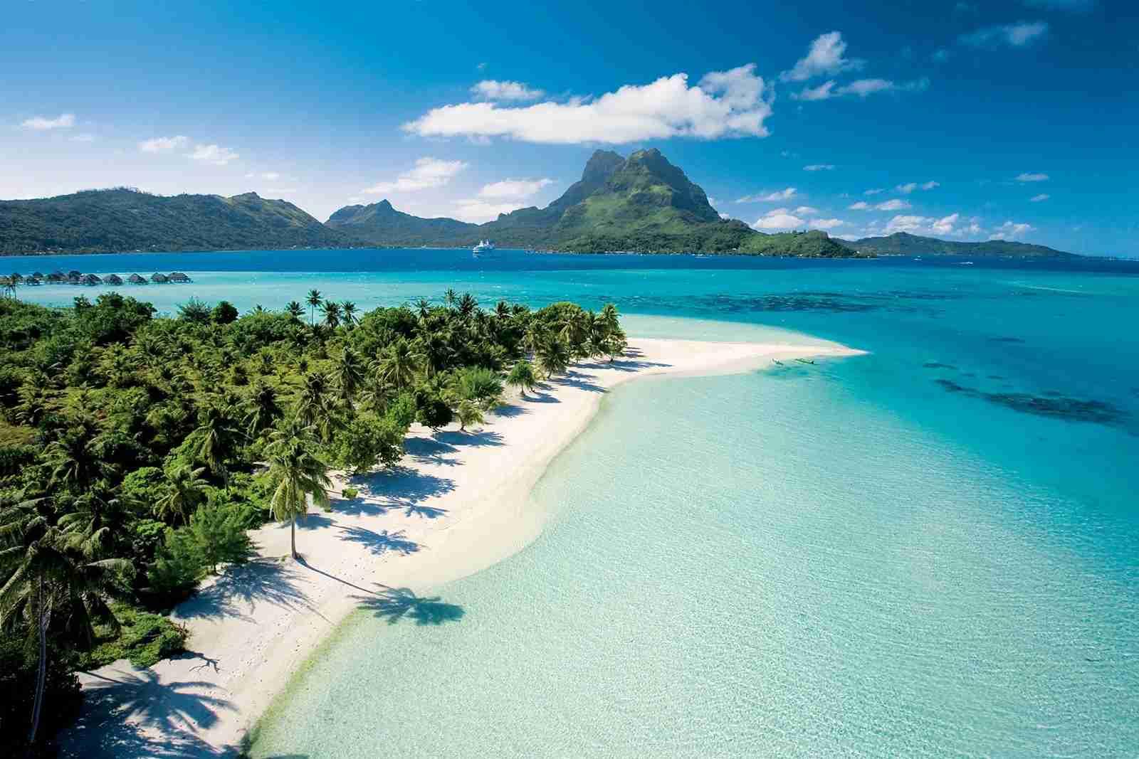 Bora Bora - Paul Gauguin Cruises private beach