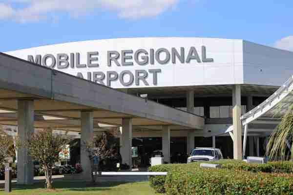 Mobile Regional Airport facade. (Image courtesy of the Mobile Airport Authority)