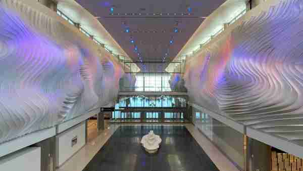 """The """"Canyon"""" in the new Salt Lake City terminal. (Image courtesy of Salt Lake City International Airport)"""