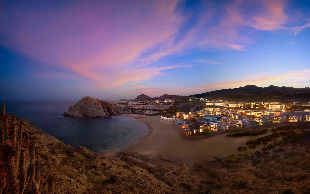 10 Los Cabos Resorts That Are Perfect for Families