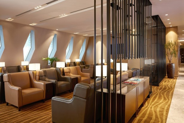 al dhabi airport lounge auh seating area review