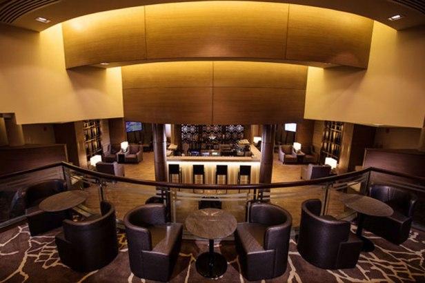 al reem lounge auh floor review