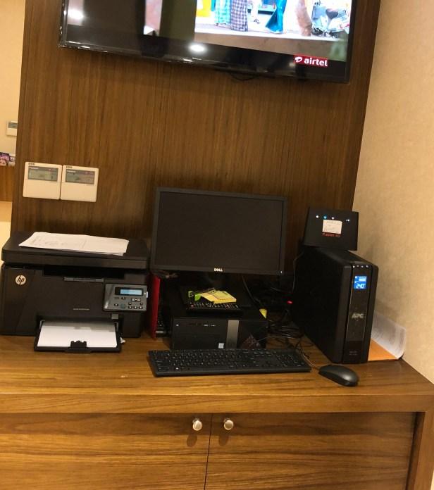 bird lounge workstation printouts pune airport pnq review