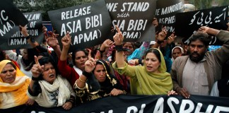 pakistan: Asia Bibi acquitted by the Supreme Court, protest against decision Imran khan warned