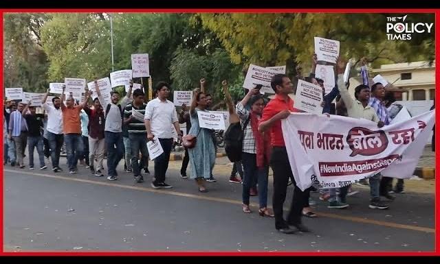 YUVA BHARAT BOL RAHA HAI | India 4 Children | Protest March