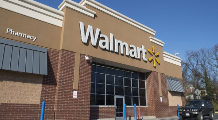 Walmart Hires Global Tech Chief Suresh Kumar to Compete With Amazon