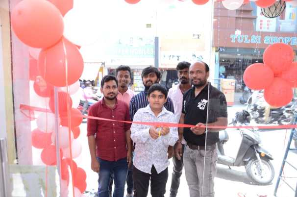 Phixman's 91st Store Launch at Hosur. The policy times