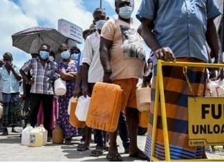 Food prices skyrocket in Sri Lanka, declares economic emergency