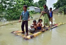 Report shows more than 80% of Indians live in climate-vulnerable regions