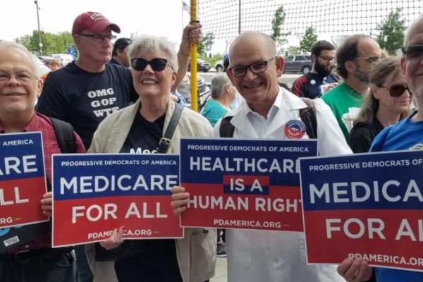 Dr.-Bill-Doctors-demonstrating-for-Medicare-For-All-1024x448.jpg