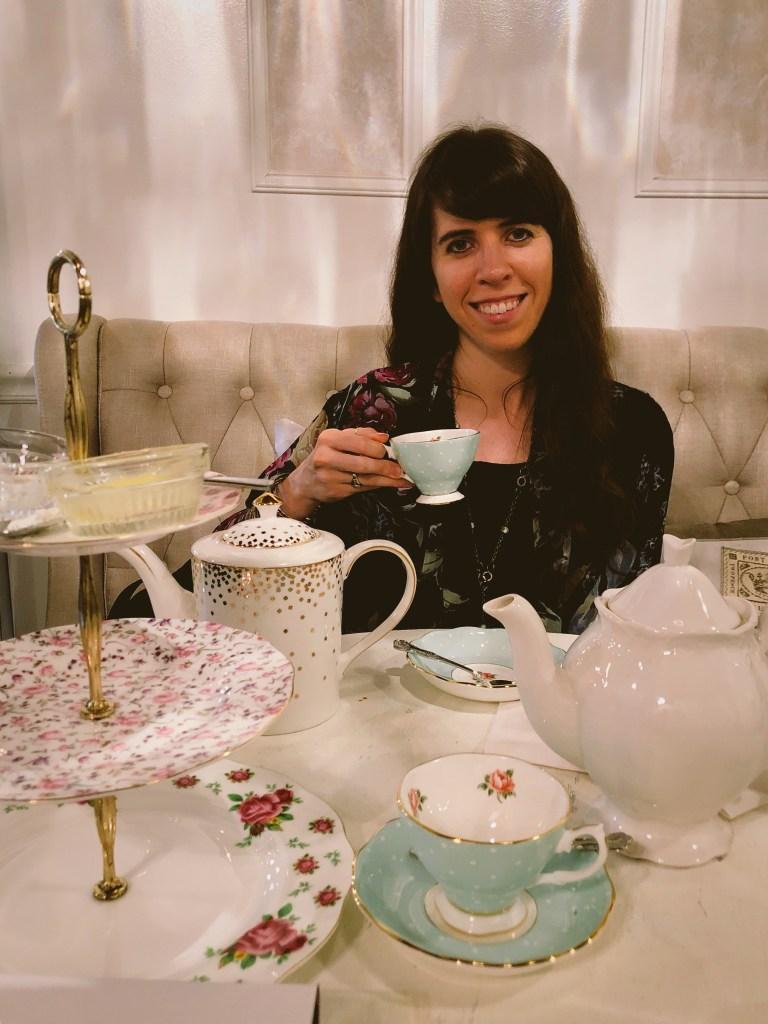 tea party time-thepoppyskull.com