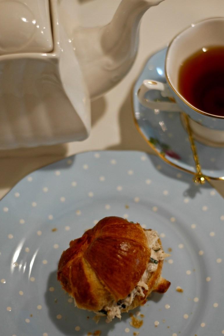 La Mademoiselle Macaron- Tea Time-thepoppyskull.com