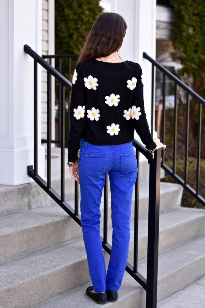Spring Daisy Sweater-thepoppyskull.com