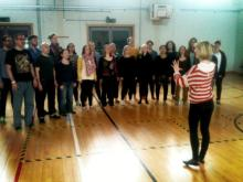 The Pop-Up Choir rehearsing with Katie Beard