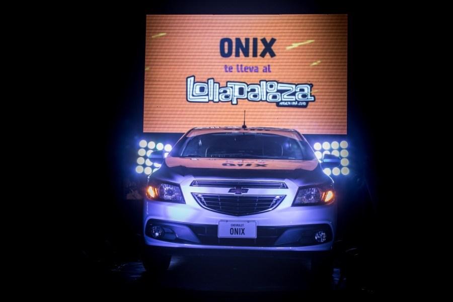 Chevrolet Onix junto a Lollapalooza Foto 1