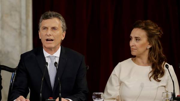 Mauricio-Macri-Congreso-Foto-AP_CLAIMA20151210_0179_28