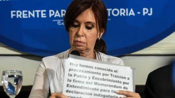 07-12-2017_buenos_aires_la_ex_presidenta_crop1512678932401