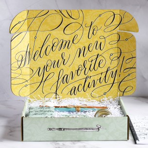 TPK's modern calligraphy starter kit provides you with everything you need in order to learn pointed pen calligraphy.