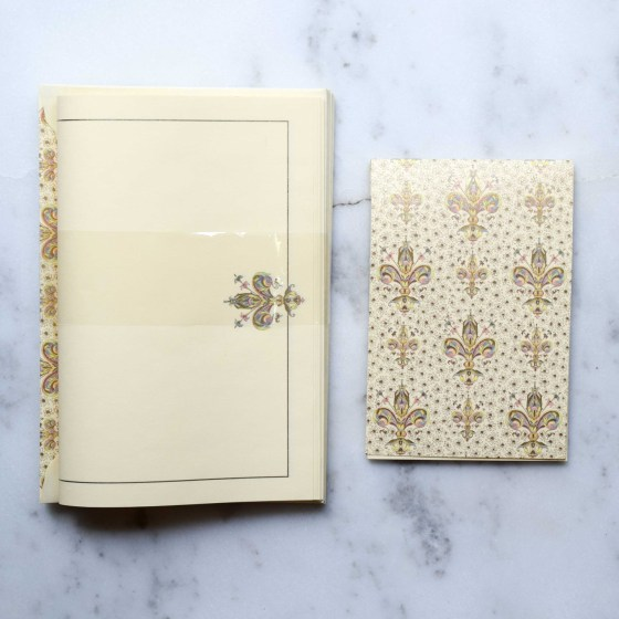"""The stationery set has 10 lined envelopes, and more than 10 sheets of high-quality paper. Envelopes measure 6-7/8"""" x 4-3/4""""."""