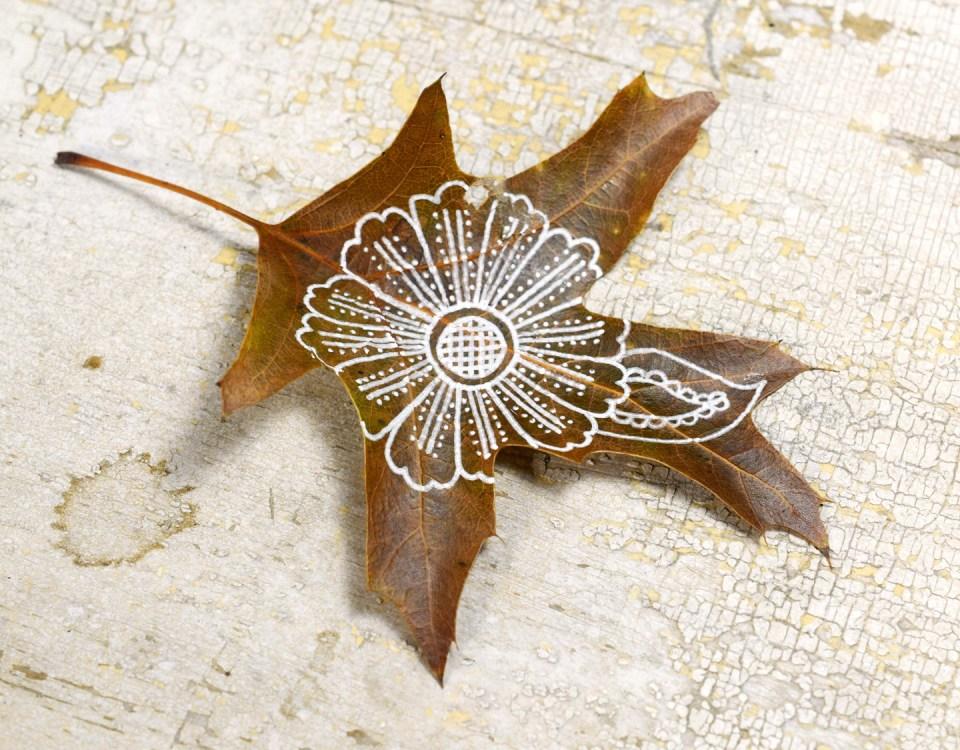 Step 4: Henna Flower Leaf Motif