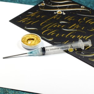 This syringe is perfect for rehydrating watercolors or diluting ink.