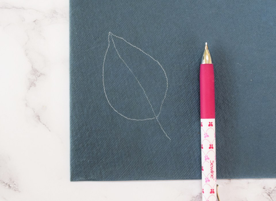 Pencil draft of leaf illustration