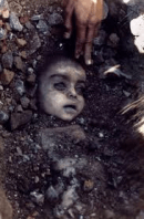 Pallor Mortis seen in Pablo Bartholomew's photo of the Bhopal Gas Disaster of 1984