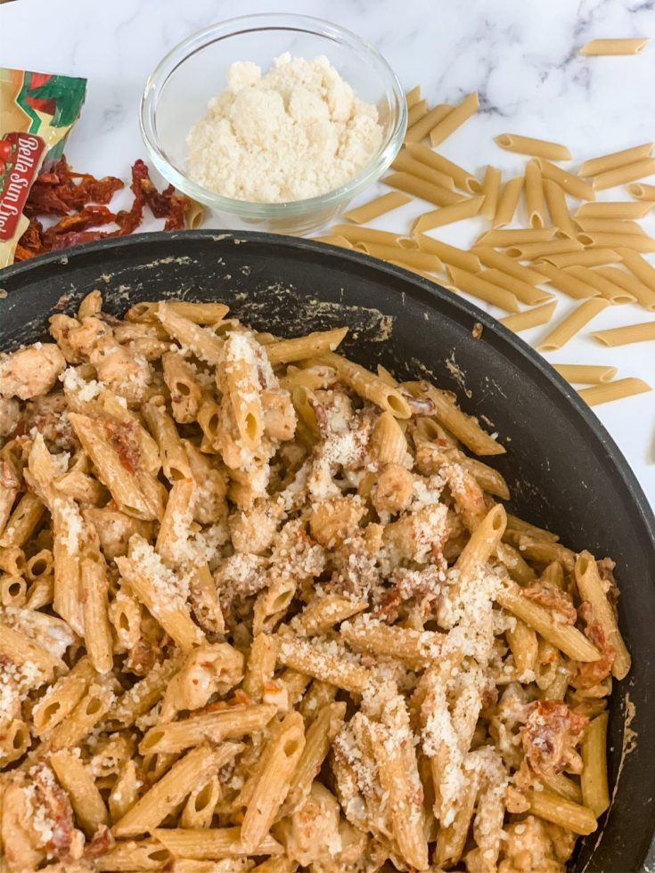 Creamy Sun-Dried Tomato Penne Pasta with Chicken