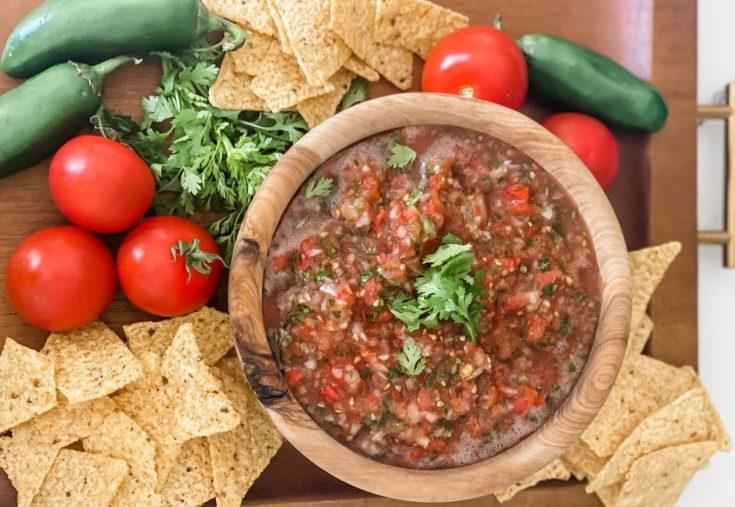 Homemade Easy Restaurant Salsa