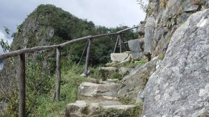 Machu_Picchu_Stairs