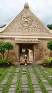 Nada at a temple