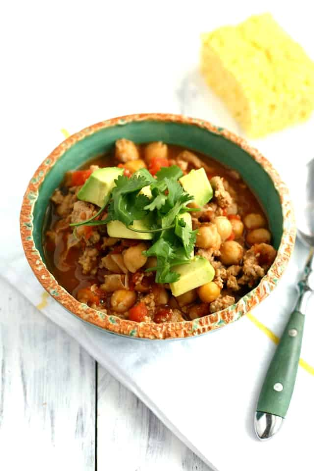 Simple and healthy 5 ingredient turkey chili with a kick! An easy recipe everyone loves!