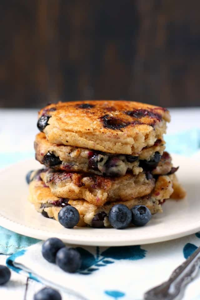 vegan pancakes with blueberries