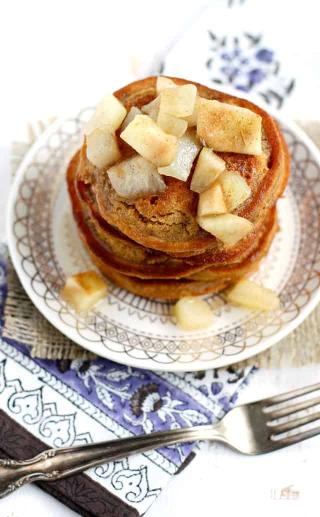 vegan gingerbread pancakes