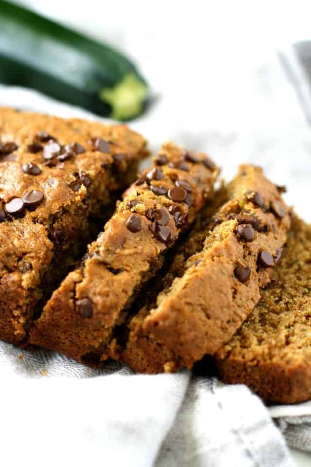 Delicious whole grain vegan chocolate chip zucchini bread. A healther treat!