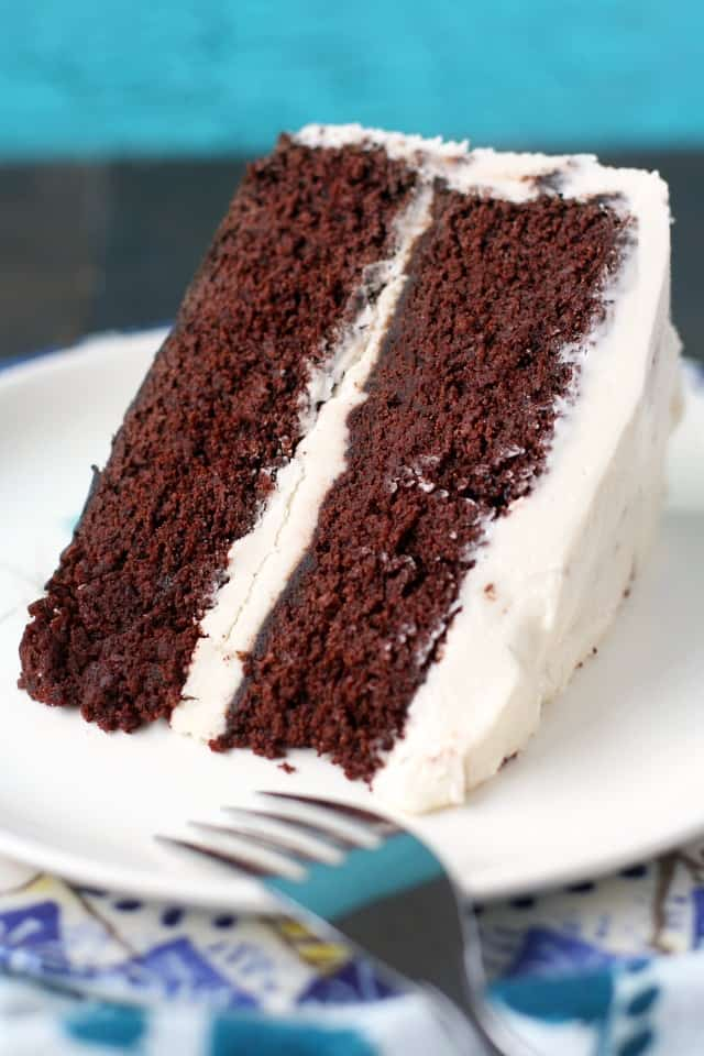 How To Put Cake Layers Together For Frosting