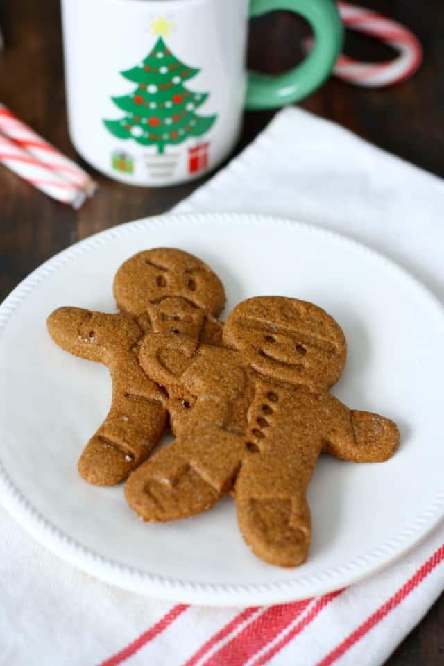 vegan gluten free gingerbread men cookies
