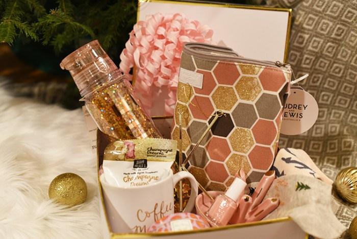blogger secret santa, girly gifts, gifts for her, stocking stuffers, christmas gift ideas, hustle, secret santa gift ideas