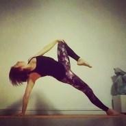 16-11-vashisthasana-dharma-mittra-rosa-tagliafierro-ashtanga-yoga-italia