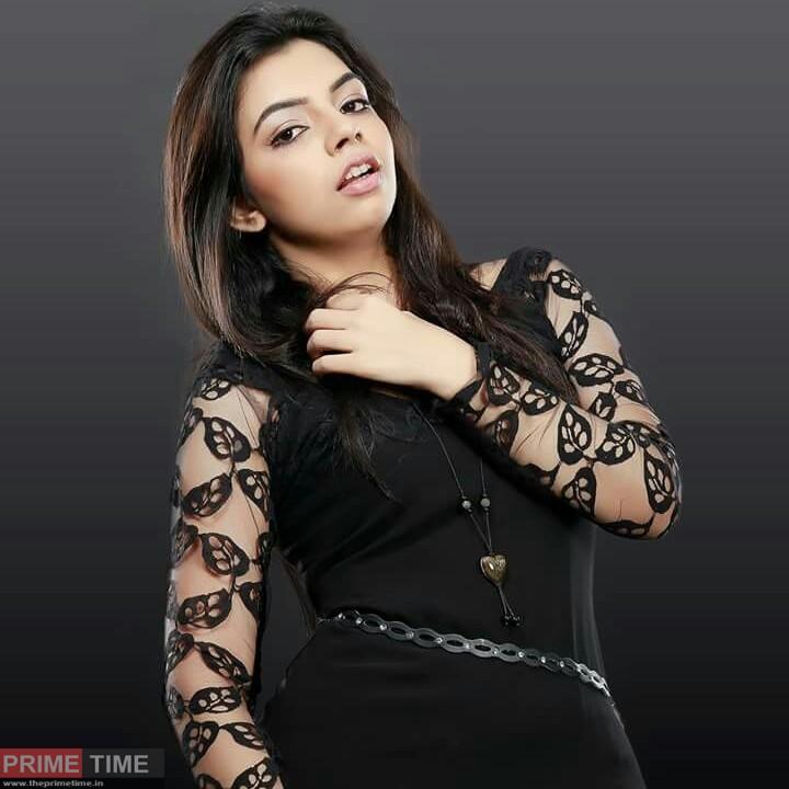 Akshaya Premnath Images