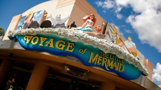voyage-of-the-little-mermaid-00