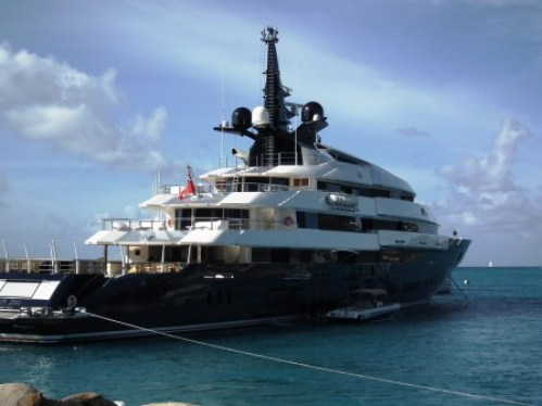 The yacht Seven Seas owned by a movie director is docked at St. Maarten. According to Forbes, Though there's been no official announcement yet, this new 282-foot, $200-million superyacht built by Dutch shipyard Oceanco purportedly belongs to Steven Spielberg. THE PRIVATEER CLAUSE photo