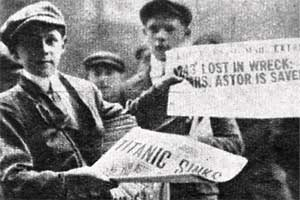 News boys selling newspapers with the latest about the Titanic