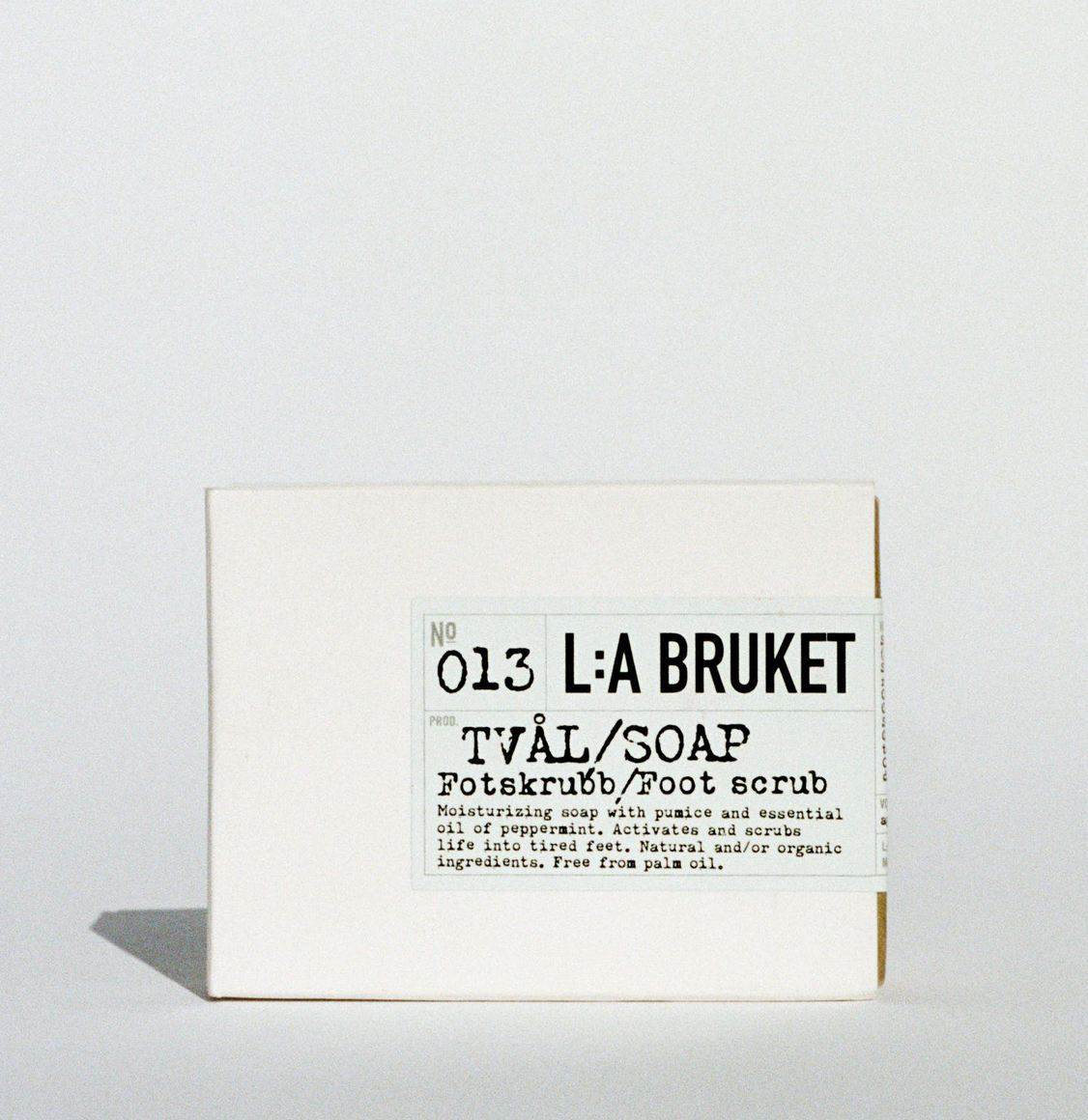 LA Bruket 013 Exfoliating Bar Soap Foot Scrub Peppermint 120g